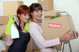 Girls with Fragile box - iMove Group